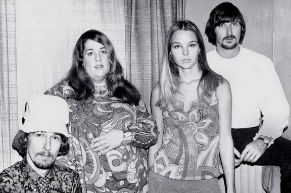 True 60s California girls.